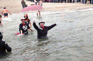 Neujahrsschwimmen - Wyk auf Foehr